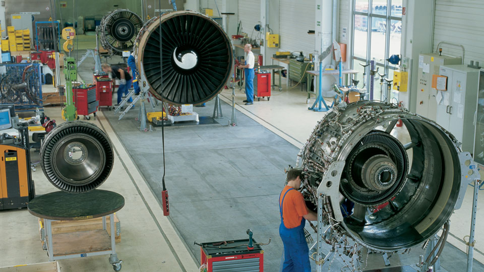 Im together with Impeller moreover Purepower Cutaway also Csm Genx Main C C C besides Maxresdefault. on gas turbine engine aircraft